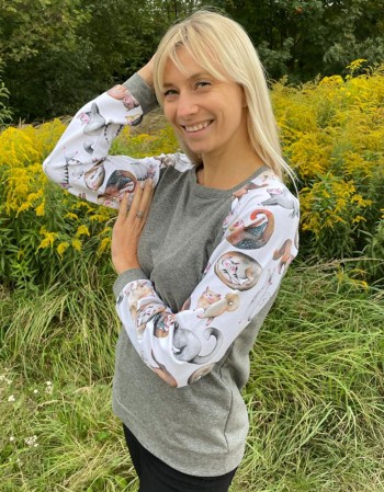 Bluza z reglanem, malowane kotki